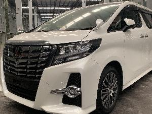 Toyota Alphard 2.5 SC